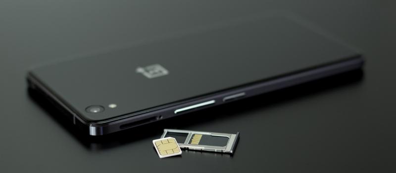 iPhone(アイフォン) SIMカード